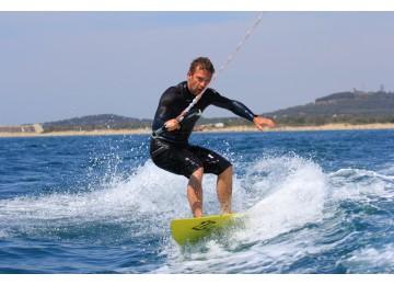 Cours wakesurf débutant